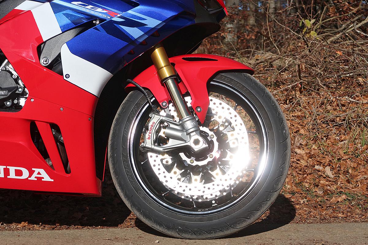Honda_CBR1000RR-R_Fireblade_SP_Herbstimppressionen_-_20