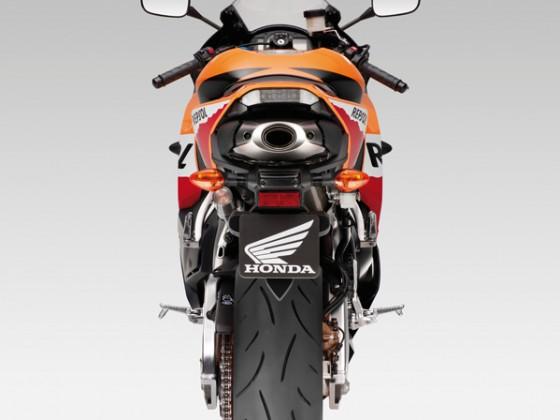 Honda_CBR600RR_C-ABS_2013_-_10