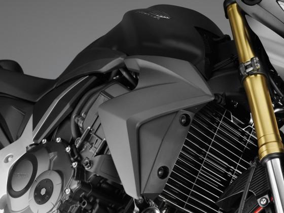 Honda_CB1000R_SC60_2012_-_13