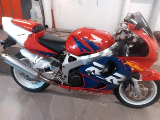 Honda CBR 900 RR EZ 02/99