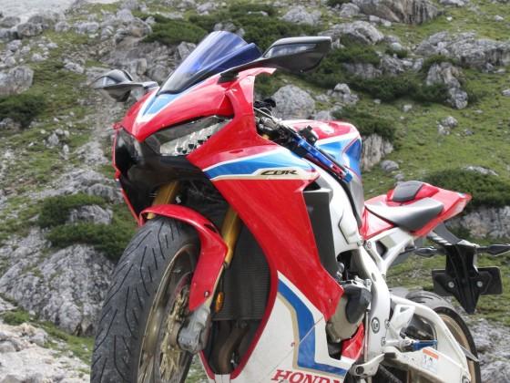Dolomiten Honda SC77 SP2