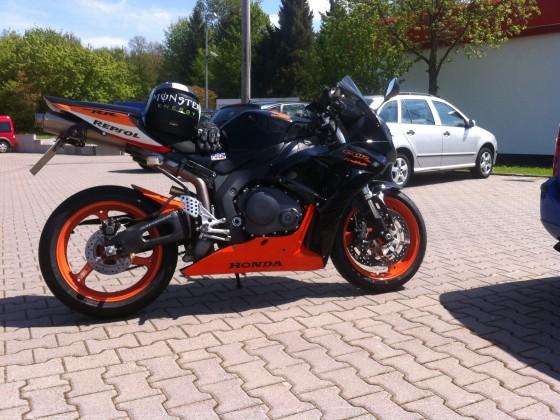 Ich liebe dieses Moped grins