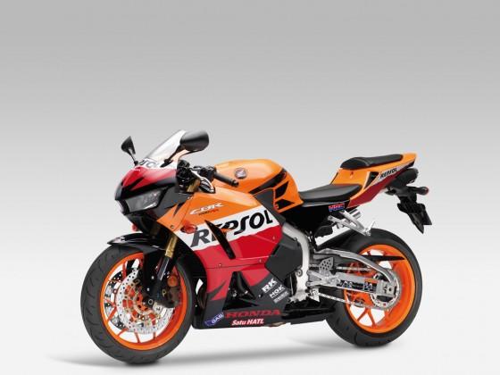 Honda_CBR600RR_C-ABS_2013_-_14