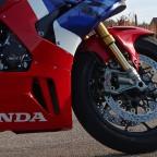 Honda_CBR1000RR-R_Fireblade_SP_Herbstimppressionen_-_08