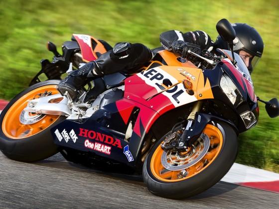 Honda_CBR600RR_C-ABS_2013_-_06