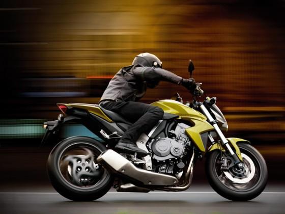 Honda_CB1000R_SC60_2008-2009_-_01