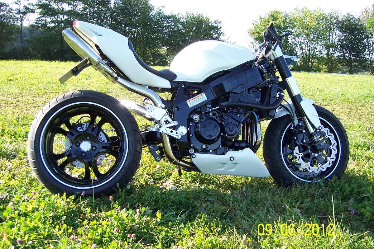 CBR 900 Streetfighter