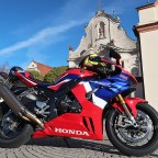 Honda_CBR1000RR-R_Fireblade_SP_Herbstimppressionen_-_25